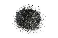 Stapel der Kohlenstoffholzkohle auf weißem Hintergrund Lizenzfreies Stockfoto