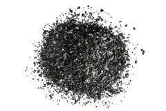 Stapel der Kohlenstoffholzkohle auf weißem Hintergrund Lizenzfreie Stockfotos