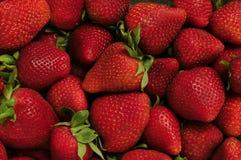 Stapel der roten Erdbeeren Lizenzfreies Stockfoto
