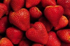 Stapel der roten Erdbeeren Stockfotografie