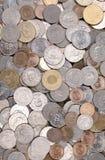 Stapel der taiwanesischen Münzen Stockfotos