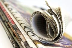 Stapel der Zeitung stockfoto