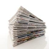 Stapel der Zeitungen stockfoto