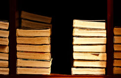 Stapel des alten Buches Stockbild