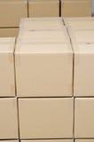Stapel des Kartons schachtelt Paket Lizenzfreie Stockbilder