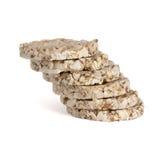 Stapel des knusprigen Brotes, lokalisiert auf Weiß Lizenzfreie Stockfotografie