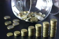 Stapel des Münzenglases Lizenzfreie Stockbilder