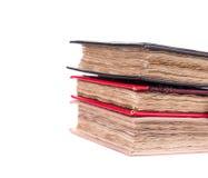 Stapel des Tagebuchs mit Weinleseabdeckung Lizenzfreie Stockbilder