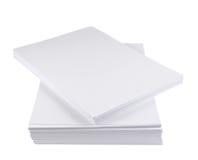 Stapel des Weißbuchblattes der Größe a4 Lizenzfreies Stockfoto