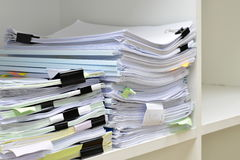 Stapel documenten Stock Foto's