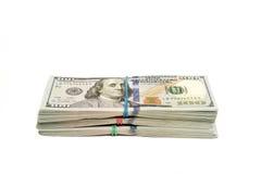 Stapel Dollar lokalisiert mit Kopienraum Lizenzfreie Stockbilder