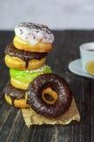Stapel donuts Stock Foto's