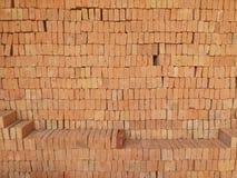 stapel för material för tegelstenbyggnadskonstruktion Arkivbild