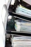Stapel Faltblätter Stockfotos