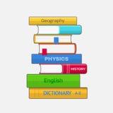 Stapel farbige Lehrbücher auf weißem Hintergrund Stockfotografie