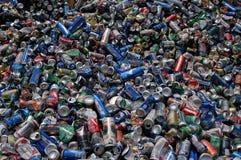 stapel för aluminum cans Fotografering för Bildbyråer