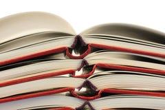 Stapel geöffnete Bücher Lizenzfreie Stockbilder
