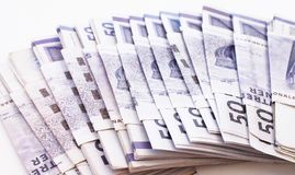 Stapel geldrekeningen royalty-vrije stock afbeeldingen