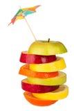 Stapel geschnittene Frucht mit Stroh von oben Lizenzfreie Stockbilder