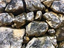 Stapel grote rotsen Stock Foto