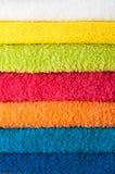 Stapel kleurrijke handdoeken Stock Foto