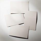 Stapel lege witte adreskaartjes royalty-vrije stock afbeelding