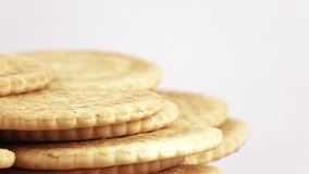 Stapel magere koekjes stock video