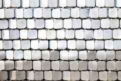 Stapel Metallnüsse Lizenzfreies Stockfoto