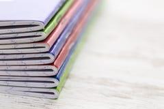 Stapel notitieboekjes Stock Afbeeldingen