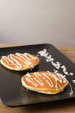 Stapel Pfannkuchen mit Butter aber ohne Ahornsirup Lizenzfreie Stockfotos