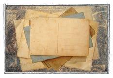 Stapel prentbriefkaaren, foto's Stock Afbeeldingen