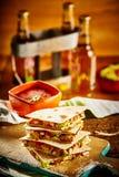 Stapel quesadillas op scherpe raad royalty-vrije stock afbeelding