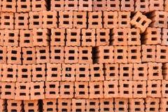 Stapel rote Ziegelsteine Lizenzfreie Stockfotografie