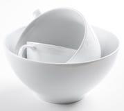 Stapel saubere weiße Teller Stockbild