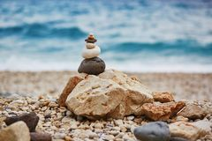 Stapel stenen op het strand Royalty-vrije Stock Afbeelding