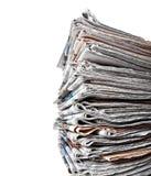 Stapel Tageszeitungen stockfotografie