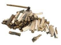 Stapel van brandhout met een bijl Royalty-vrije Stock Afbeelding