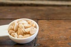 stapel van cashewspoon stock afbeelding