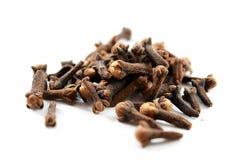 Stapel van droge kruidnagels (Syzygiearomaticum) stock fotografie