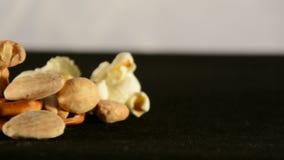 Stapel van geïsoleerde snack stock footage