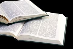 Stapel van geopende boeken Stock Foto's