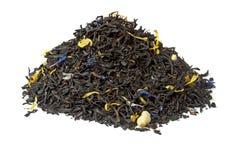Stapel van Graaf grijze zwarte thee die op wit wordt geïsoleerdd stock fotografie