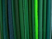 Stapel van groene stof Royalty-vrije Stock Fotografie
