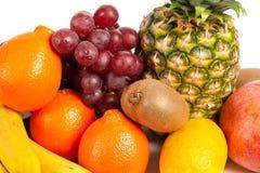 Stapel van heerlijke tropische vruchten Royalty-vrije Stock Foto's