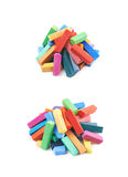 Stapel van het kleurrijke geïsoleerde krijt van het pastelkleurkleurpotlood Royalty-vrije Stock Fotografie