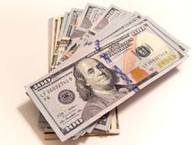 Stapel van Honderd Dollarsrekeningen Royalty-vrije Stock Afbeelding