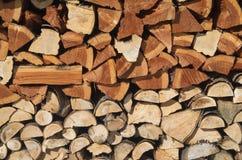 Stapel van hout voor de open haard Royalty-vrije Stock Foto's