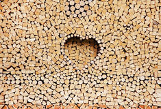 Stapel van houten logboeken als achtergrond Royalty-vrije Stock Afbeeldingen