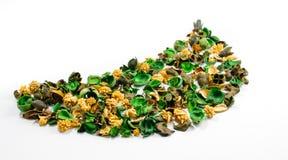 Stapel van inhoud van aromatisch sachet van gekleurde droge delen van s Stock Foto's