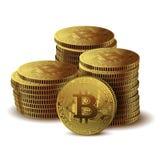 Stapel van Muntstukken Bitcoin op witte achtergrond Conceptencryptocurrency in financiële wereld Bankzaken Stock Foto